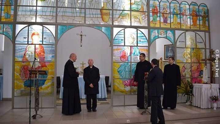 vizita cardinalului coccopalmerio la oradea
