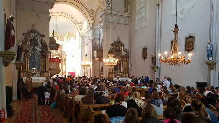 intalnirea-arhieparhiala-a-copiilor-si-tinerilor-greco-catolici-sibiu-2018