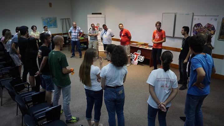 Campus eparhial pentru tineri: Cu har de sus, trăim din plin!