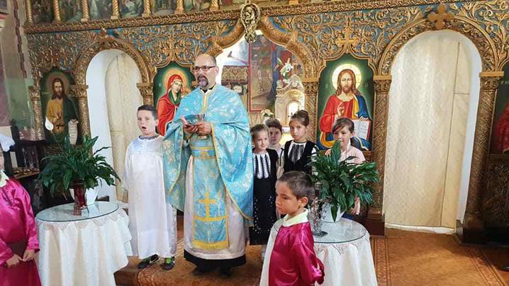 Credincioșii Parohiei greco-catolice din Bradu în sărbătoare