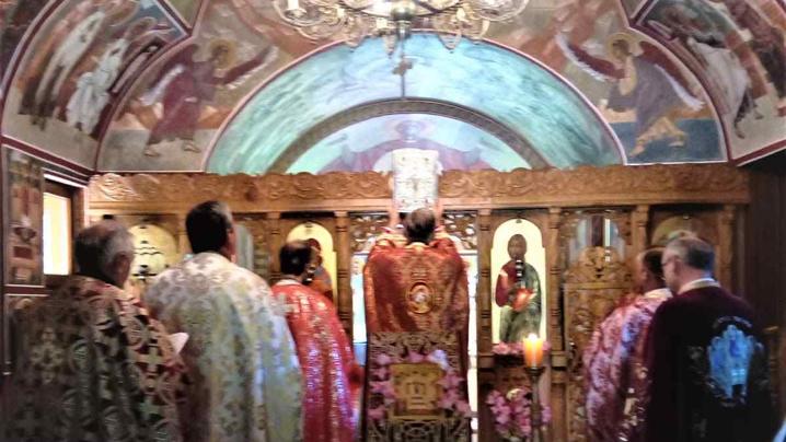 Sărbătoarea Înălțării Sfintei Cruci la Stânceni