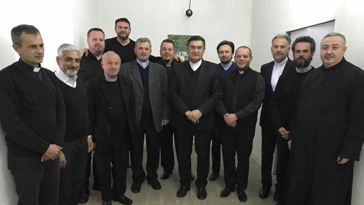 Întâlnirea preoţilor din protopopiatele Târgu Mureş şi Râciu