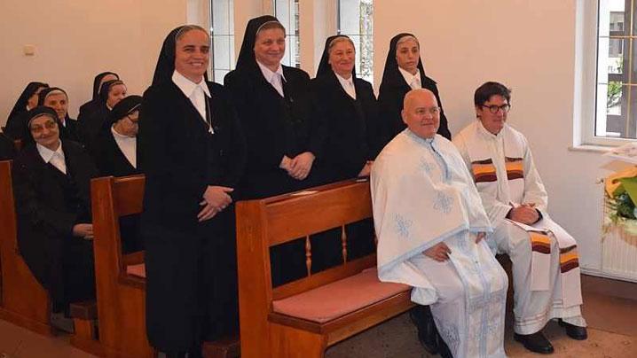 Jubileul a 25 de ani de voturi pentru patru surori CMD