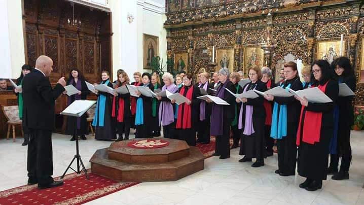 """Concert de colinde susținut de corul """"Catolica"""" în Catedrala Blajului"""
