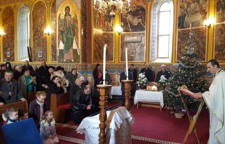 PS Claudiu, în mijlocul credincioșilor parohiei Blaj II, Capela Arhiereilor