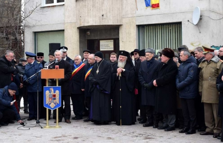 Binecuvântarea, la Cluj, a statuii «Sfinxului de la Bădăcin», Iuliu Maniu
