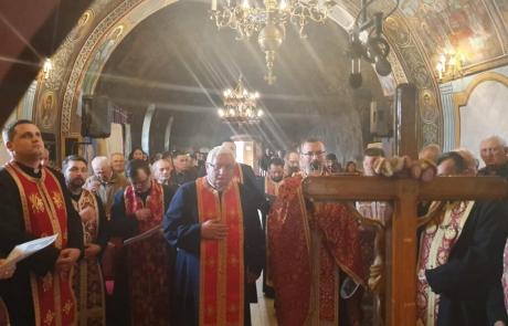Acatistul Sfintei Cruci în parohia Teiuș