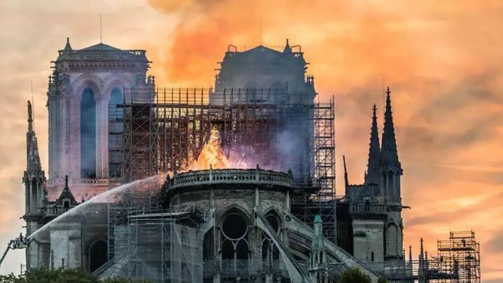 Notre-Dame: Mesajul Cardinalului Lucian adresat Arhiepiscopului de Paris