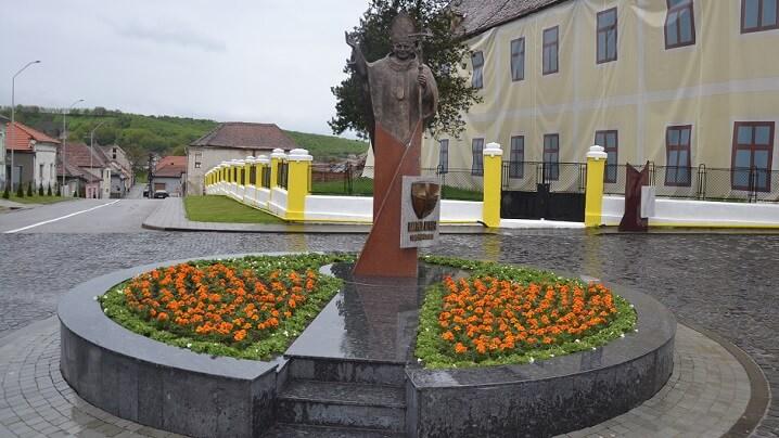 Binecuvântarea statuii Sfântului Ioan Paul al II-lea, la Blaj