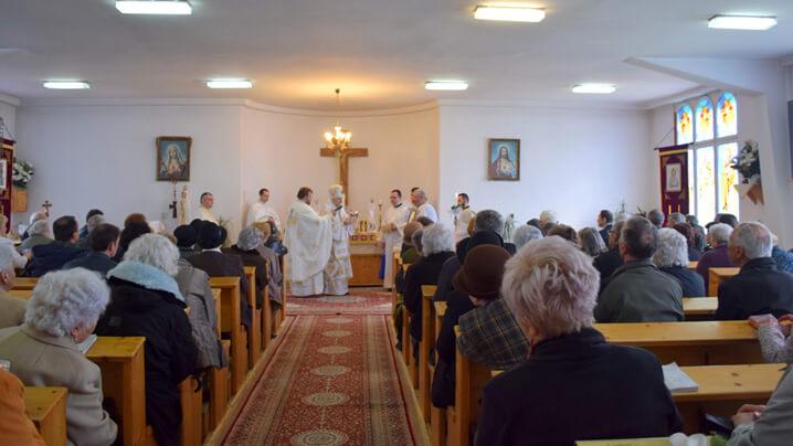 """Duminica """"întăririi în credință"""" – vizită pastorală în parohia Sf. Gheorghe, din cartierul Gheorgheni din Cluj"""