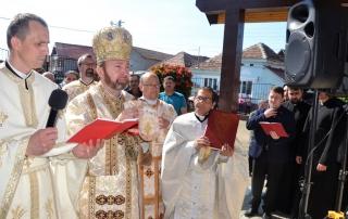 """Sfințirea Bisericii din cartierul """"Barbu Lăutaru"""" Blaj"""