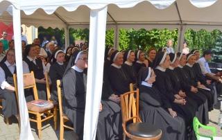"""Hramul Mănăstirii """"Sfânta Macrina"""" – primirea și venerarea moaștelor Episcopilor Martiri"""