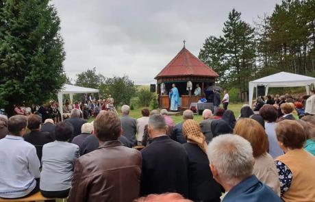 """Pelerinaj la Mănăstirea Greco-Catolică """"Înălțarea Domnului"""" Nima Râciului"""
