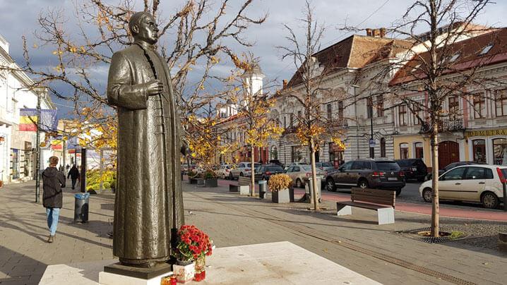 Omagierea, la Cluj, a Fericitului cardinal Iuliu Hossu, vestitorul Marii Uniri, de Ziua Naţională a României