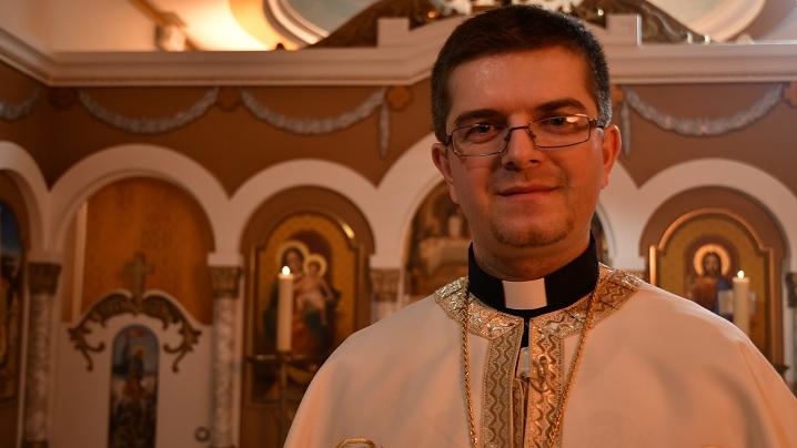 Un român, Pr. Cristian Crișan, va fi cel mai tânăr episcop catolic din lume