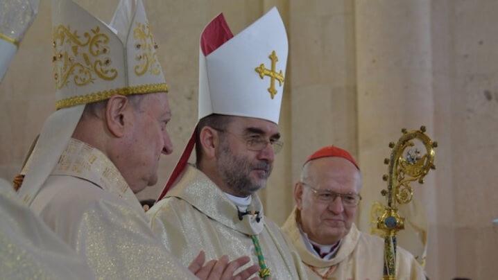 Consacrarea noului arhiepiscop romano-catolic de Alba Iulia
