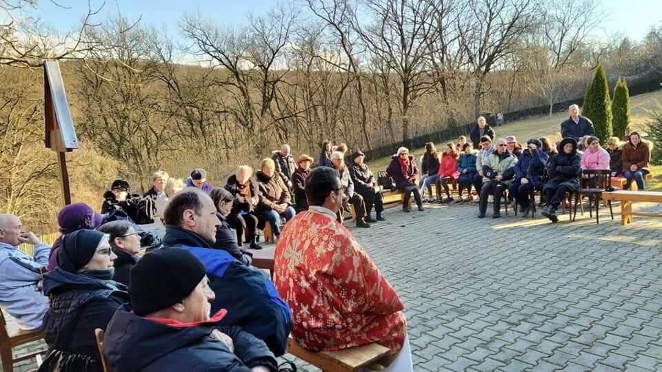 Primul pelerinaj din acest an la Sanctuarul Fecioarei Săracilor de la Cărbunari