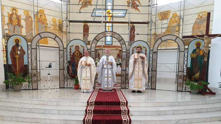 """Hramul parohiei """"Sfântul Petru"""" din Brașov"""