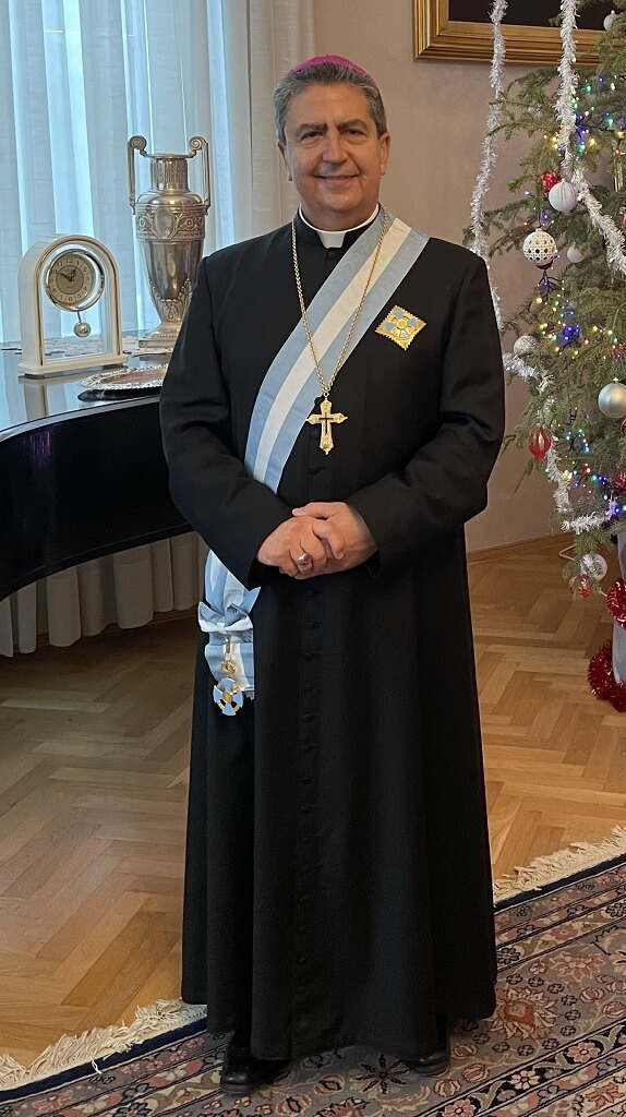 Mons.-Miguel-Maury-Buendia-Nuntiul-Apostolic-in-Romania-si-Republica-Moldova-decorat-de-Presedintele-Romaniei-1.jpg