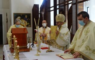 Vizită pastorală a Preasfinţitului Ioan la Deva. Hramul bisericii Imaculata