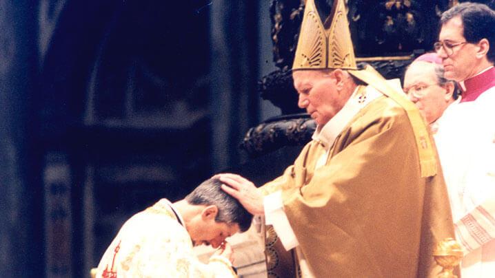 La aniversarea consacrării episcopale a Preasfinției Sale Florentin la Roma, prin Sf. Papă Ioan Paul al II-lea