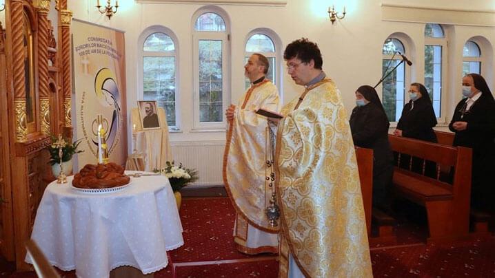 """Pe urmele """"titanilor Bisericii"""": comemorarea Mitropolitului Vasile Suciu la Mănăstirea Maicii Domnului din Cluj"""