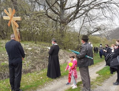 Calea Crucii în Săptămâna Mare la Chiheru de Jos
