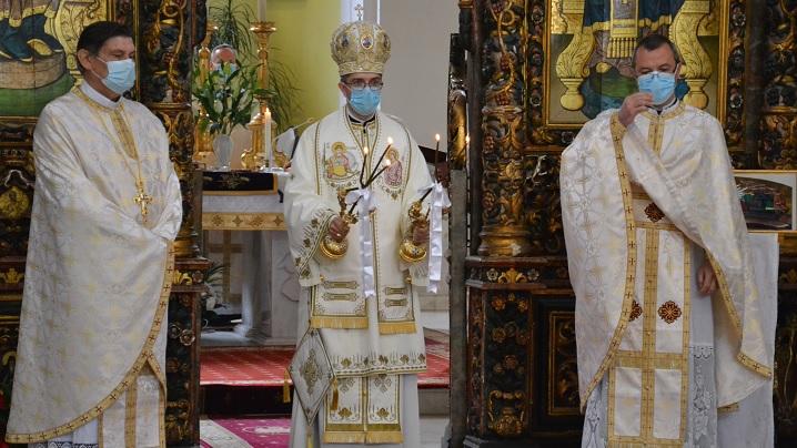 Catedrala Blajului Sfânta Liturghie Arhierească din Sărbătoarea Învierii Domnului