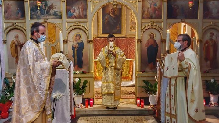 Celebrare arhierească la biserica Preasfântului Mântuitor din Roma