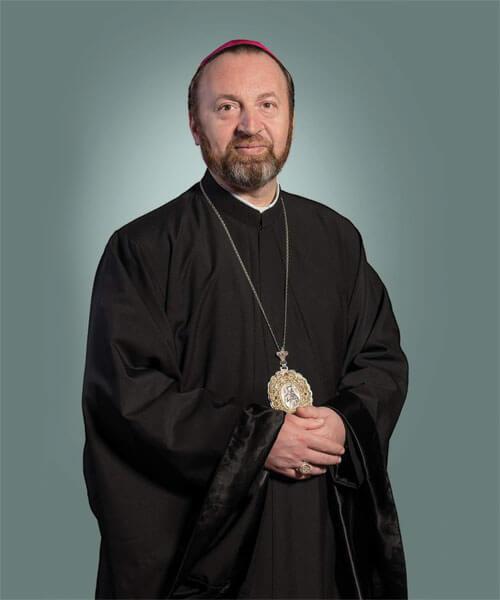 Preasfințitul Claudiu Lucian Pop