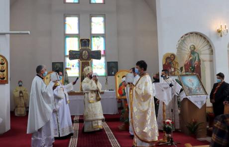 """Vizita pastorală a Preasfințitului Claudiu în Parohia """"Nașterea Domnului"""" - cart. Zorilor, Cluj-Napoca"""