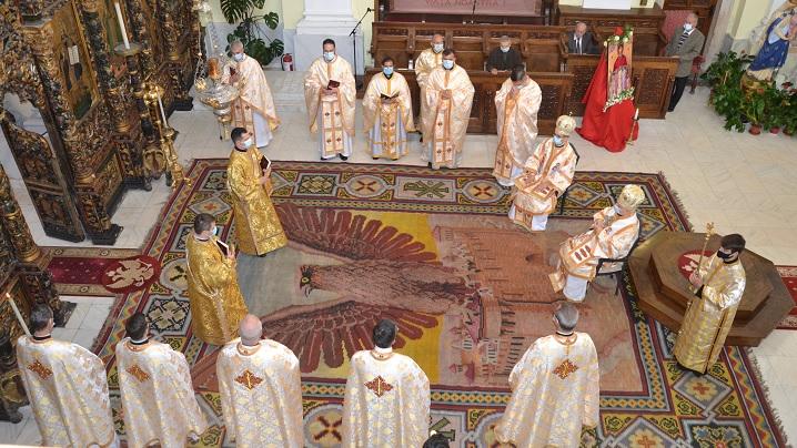 """Fericiții Episcopi Martiri Greco-Catolici Români sărbătoriți în Catedrala """"Sfânta Treime"""" din Blaj"""