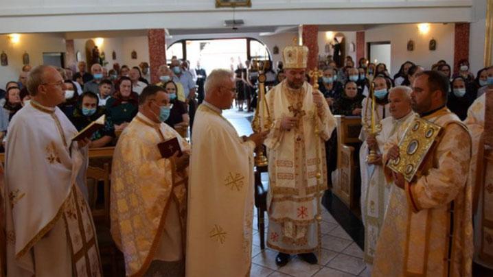 PS Vasile la hramul parohiei din Negrești Oaș, apel la armonie, comuniune și mărturie