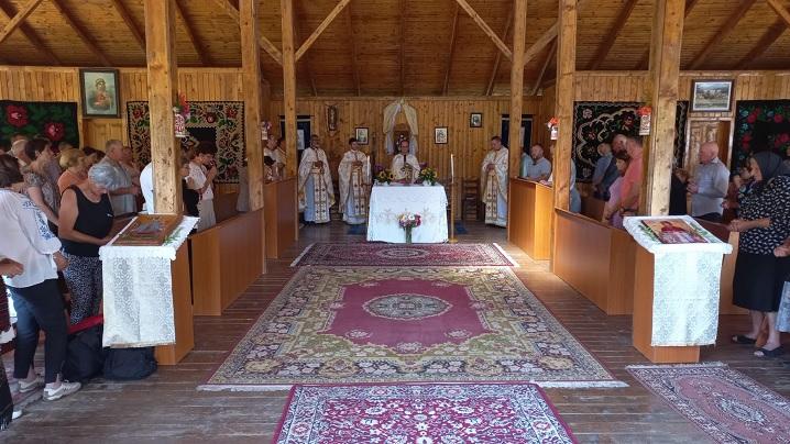 """Pelerinaj la la Sanctuarul Arhiepiscopal Major """"Fecioara Săracilor"""" de la Cărbunari-Blaj"""