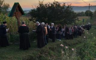 """Pelerinajul la mănăstirea """"Sfânta Cruce"""" de la Mintiu Gherlii"""