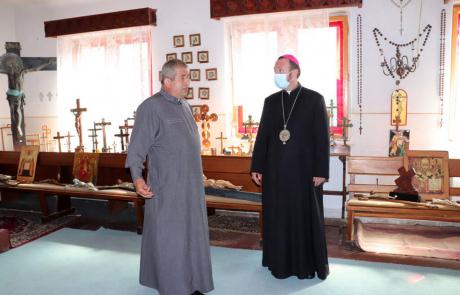 PS Claudiu a marcat sărbătoarea Înălțării Sfintei Cruci în parohia Cluj-Făget