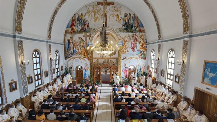 Întâlnirea Arhieparhială a tinerilor și copiilor din Arhieparhia de Alba-Iulia și Făgăraș