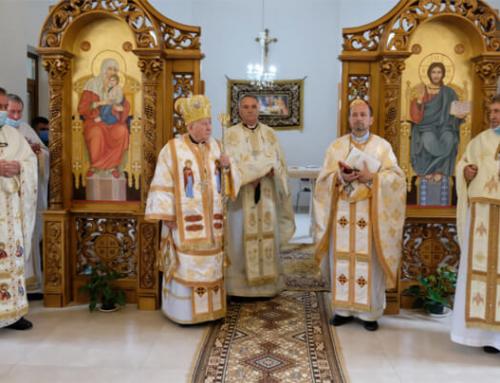 Vizită pastorală a Preasfinţitului Alexandru în parohia Uivar. Sfinţirea noii mese a altarului